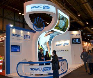 Stand de diseño para Showa